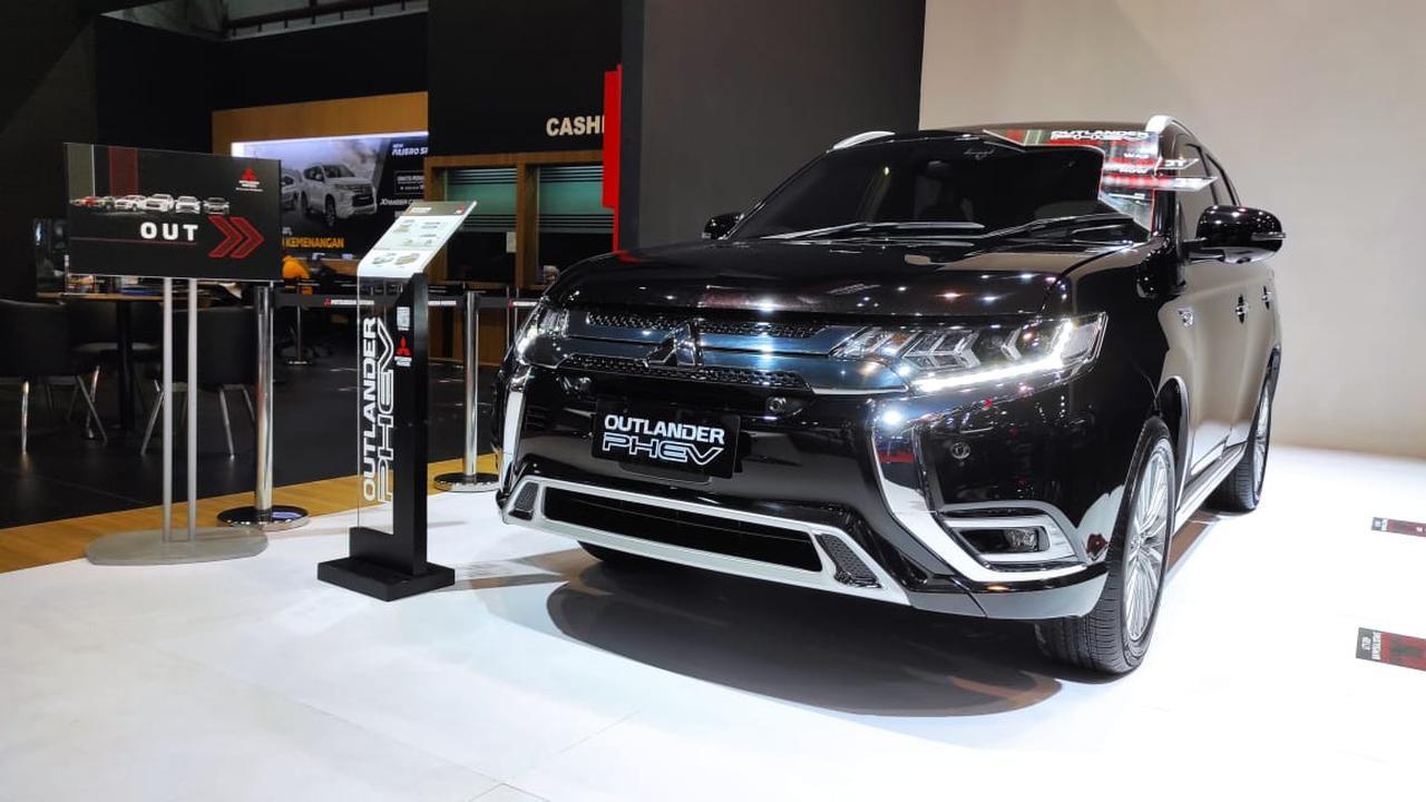 Diskon Mitsubishi Outlander PHEV Nyaris Setengah Miliar
